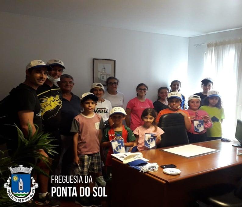 Presidente recebe os jovens do Clube de Ténis de Mesa da Ponta do Sol