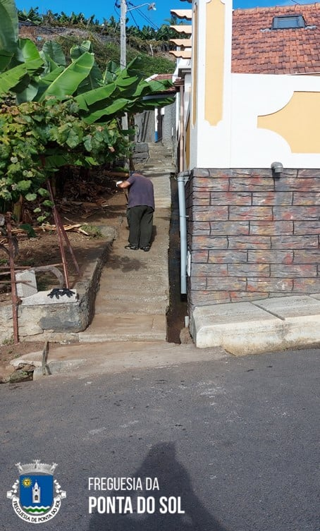 Mondas e limpezas no sítio do Piquinho e Lemes
