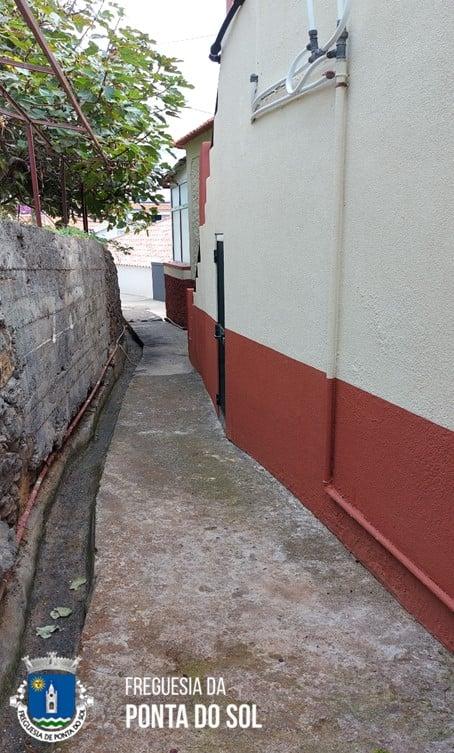 Mondas e limpezas na zona do Piquinho e Mantilha