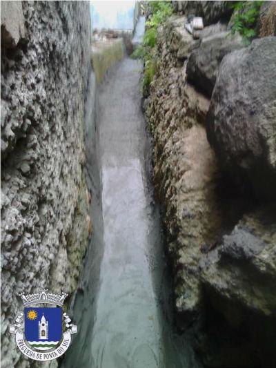Reparação e pavimentação de levada | Sítio do Lugar - Formiga