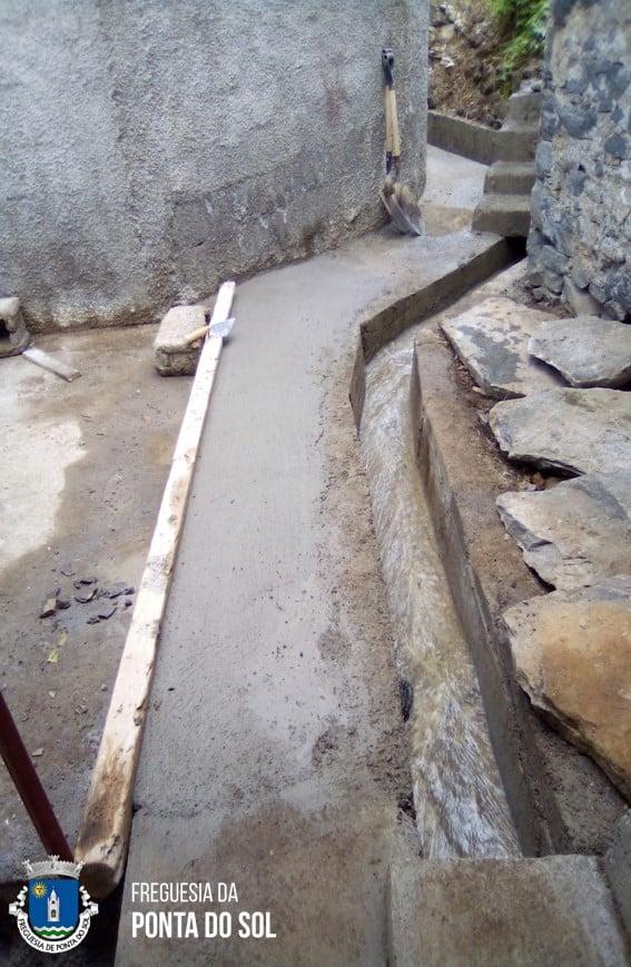 Vereda no Pico do Melro - Lombada | reparação de levada