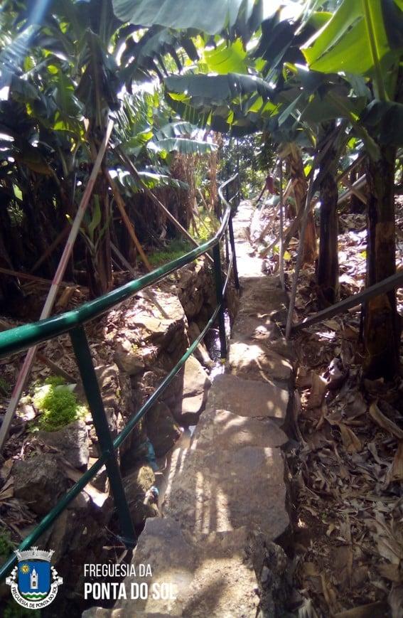 44 metros de varandins no Sítio do Lugar - vereda do Ribeiro, Cascalho  – Lombada