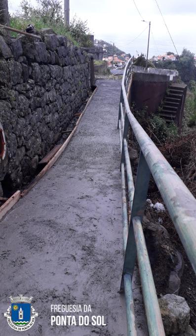 Regularização e pavimentação no sítio da Pereirinha – Lombada